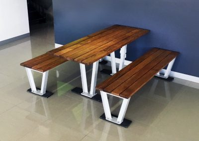 Monaco Timber Table Setting