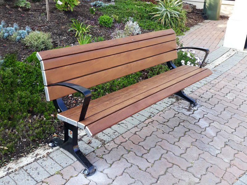 Eco Parkway Seat Timber Effecta