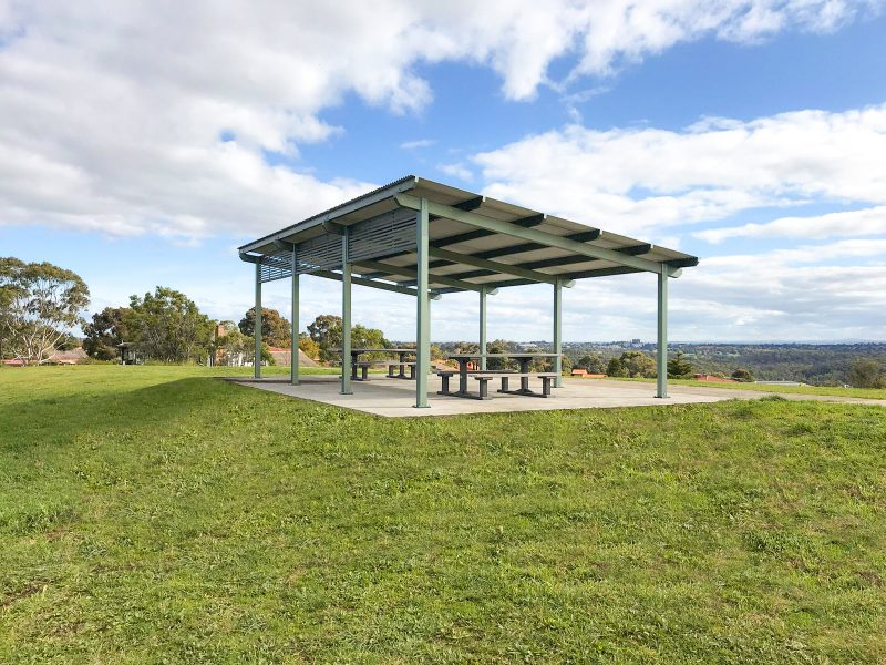 capricorn shelter viewing platform on grassy reserve